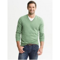 Banana Republic Silk v-neck pullover Men's